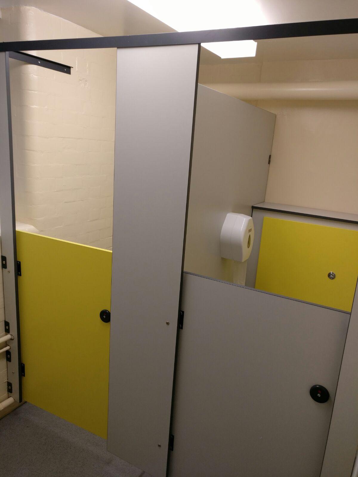 12School Bathroom Refurbishment Holloway 12